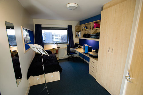 sircharles manc -Shared-rooms-3